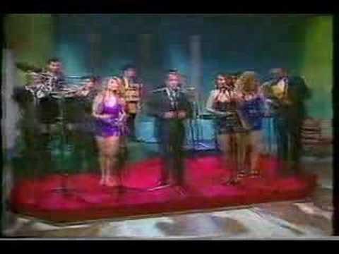 La Sonora Dinamita de Lucho Argain- El Baile de La Vela