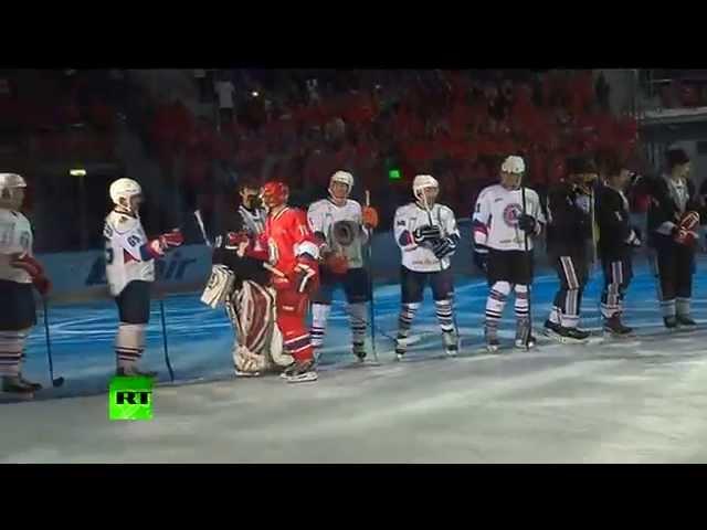 Владимир Путин забросил шесть шайб в гала-матче Ночной хоккейной лиги