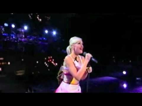 Gwen Stefani - 4 In The Morning (Live)