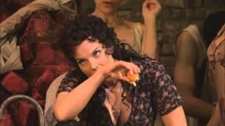 Carmen, Act I: