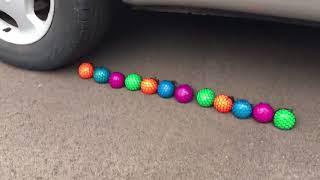 EXPERIMENT CAR VS SQUISHY STRESS BALLS 2