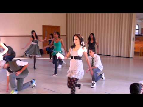 Baixar Dança - 2°A ( Glee - The Time Of My Life )