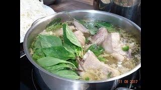 Lẩu Gà - Cách nấu Lẩu Gà với Chanh, Me, lá Quế và cách làm Bún với Philips 2355 by Vanh Khuyen