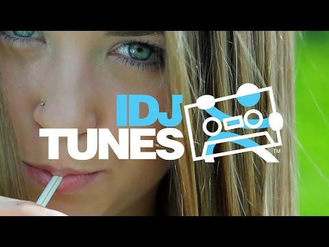DJ TILO & DJ JEMIX FEAT. ACERO MC - PIDE BEBIDA (OFFICIAL VIDEO) - IDJVideos.TV  - K5sOGc08Ih8 -