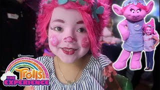 TROLLS THE EXPERIENCE NYC!! (EMMA GETS A POPPY MAKEOVER!)