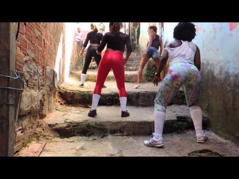 CLIP - Bumbum Tremer - Part. de LeoKret do Brasil - Banda Ki Pankada