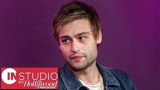 """Douglas Booth: 'The Dirt' Tells Mötley Crüe's Story to """"Whole New Generation"""" 