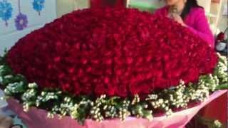 Bó hoa 999 bông hồng đỏ đẹp tuyệt vời tại dienhoalily.com - lớp dạy cắm hoa.