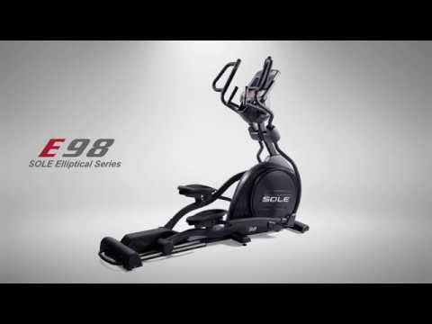 video Sole Fitness E98 Light Commercial Elliptical Machine