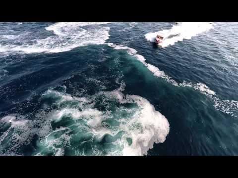Adrenalin boat ride