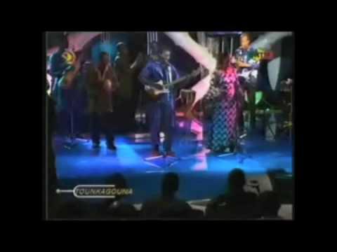 Andra Kouyaté - Lagaré - Andra Kouyate & Mah Bara Soumano - Live @ Tounkagouna