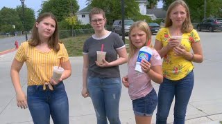 Michigan Girls Escape Suspected Kidnapper By Throwing Coffee at Him