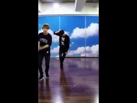 EXO LOVE ME RIGHT Dance Practice KAI Focus