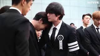 The late Jonghyun SHINee Member 'Onew -  Kee - Minho  - Taemin' Tearful Whisper Procession