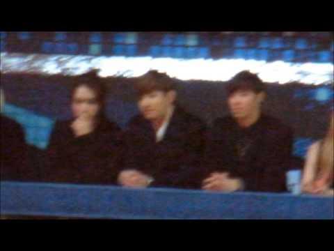 121229 TVXQ enjoying EXO performance @ SBS Gayo