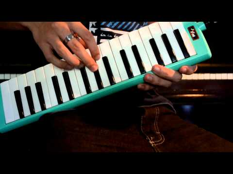 Rolling in the Deep - Adele (Melodica Cover)