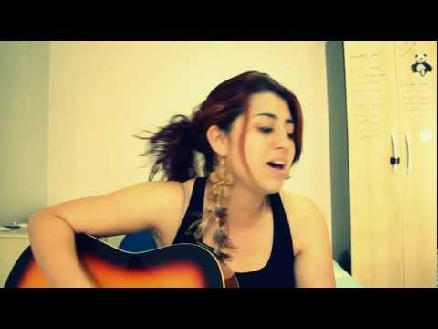 Baixar She wolf (Falling to pieces) - David Guetta feat. Sia (cover acoustic)