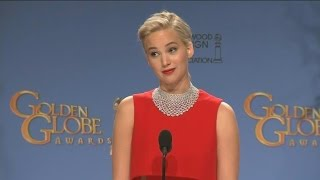 Jennifer Lawrence Cuts Off Reporter For Using His Phone