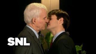 SNL Digital Short: Close Talkers - Saturday Night Live