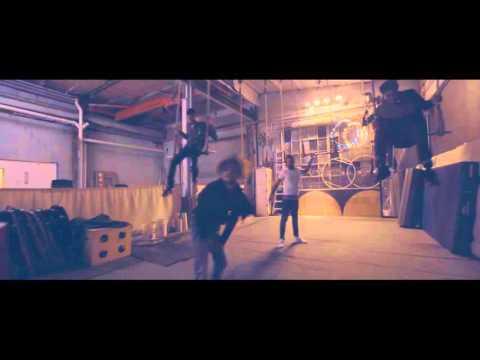Doobie x Krash Minati - Bump (feat. AllxCaps)