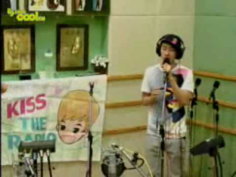100730 sukira Eunhyuk singing LIVE 'It Has To Be You'