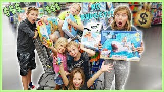 NO BUDGET AT THE GiANT INFLATABLE SToRE!!