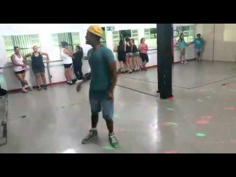 Baixar Mc Delano na ponta do pé coreografia Jackson costa