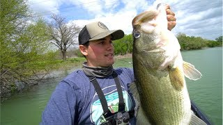Catching GIANT Spring Bass (My NEW PB of 2018)