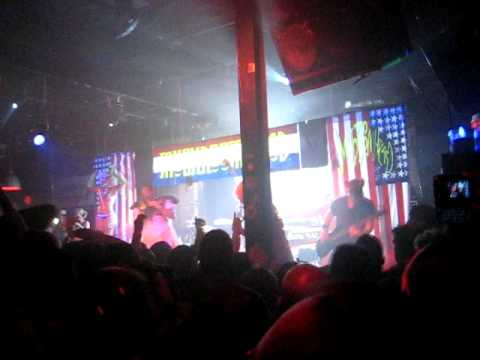 (HQ)Mushroomhead - Too Much Nothing (live) 6-27-09 @ Peabody's Concert Club