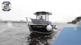 Berthing Single Outboard   Perth Boat School