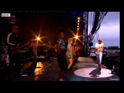 Baixar Pharrell - Get Lucky live at T in the Park 2014