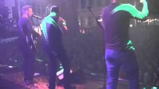 Bekijk video 1 van Nerveus op YouTube