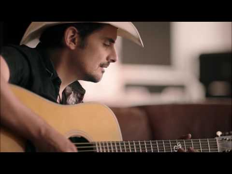 Brad Paisley gives Nationwide a new sound