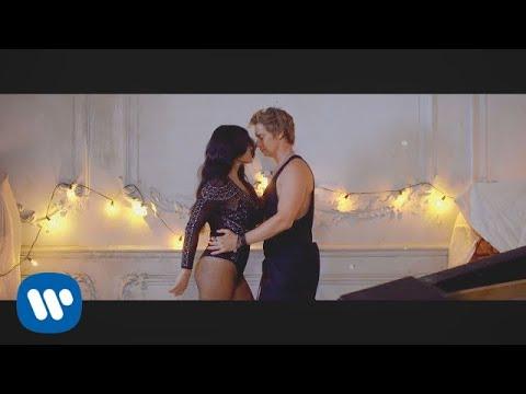 Carlos Baute feat. Maite Perroni & Juhn - ¿Quién es ese? (Videoclip Oficial)