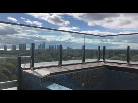 Glass railing Toronto
