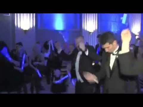BRIDE & GROOM GET #DUMBSTUPIDCRAZY TO START THE PARTY!