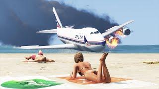 Huge Plane Emergency Landing On California Public Beach | GTA 5