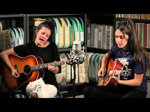 Hinds - Bamboo - 1/6/2016 - Paste Studios, New York, NY