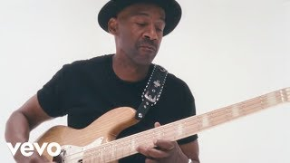 Marcus Miller - Que Sera Sera ft. Selah Sue - YouTube