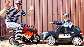 POLICE BABY Super Lev Pretend Play with Police Car Sidewalk cops catch Robber