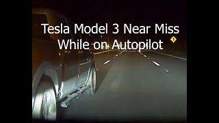 LR RWD #Tesla Model 3 AP 2.5 Near Miss