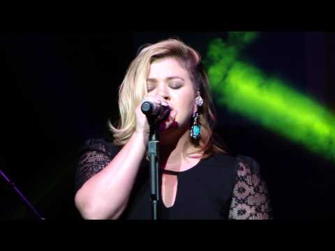 Baixar Kelly Clarkson Shake It Off (Taylor Swift Cover)