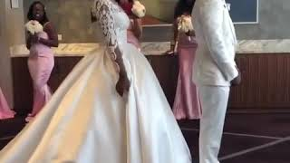 (MUST WATCH)😍😍Man cries when he sees his wife on their wedding day😍😍😍