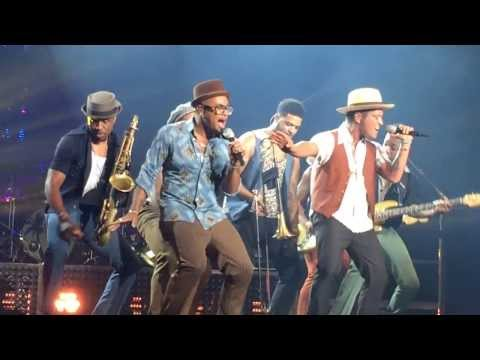 Baixar Bruno Mars Treasure Live (Moonshine Jungle Tour Australia) Video & Dance Break