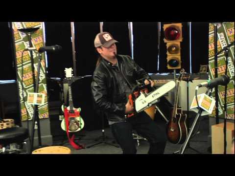 Jackyl - The Lumberjack (acoustic w/ chainsaw)