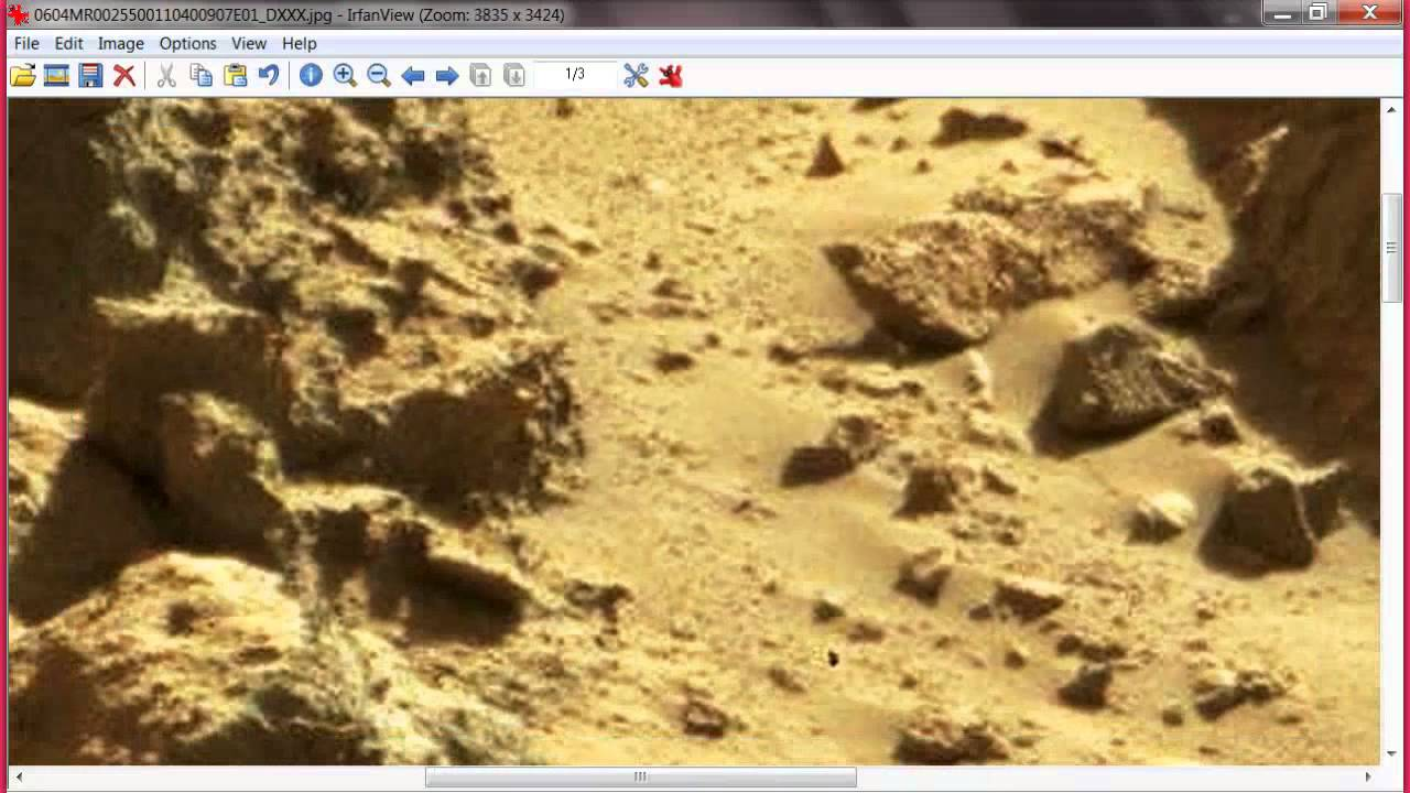 Mars curiosity rover 2014-sheet metal found on mars - YouTube