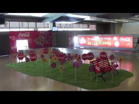 Campaña Cocacola Feria de Las Flores 2013 / Marketaeropuertos