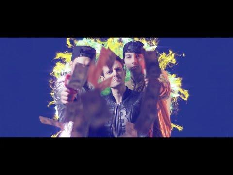 ANDIAMO A COMANDARE (Official Video)