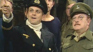 Dad's Army - The Deadly Attachment - NL Ondertiteld - ... your name vill also go on ze list!...
