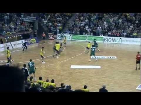 4 Spieltag 2011/2012 Handball Bundesliga Füchse Berlin gegen HSG Wetzlar